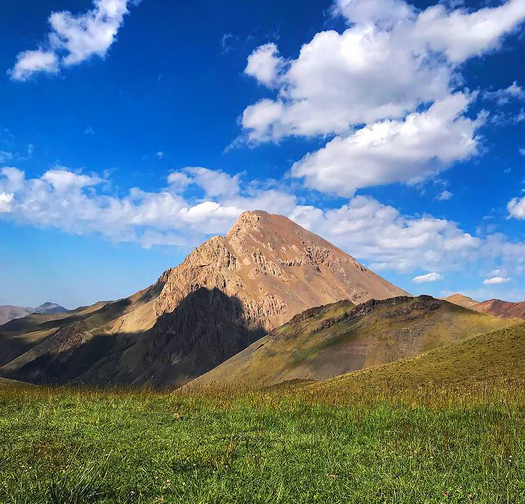 عکس کوه آزاد