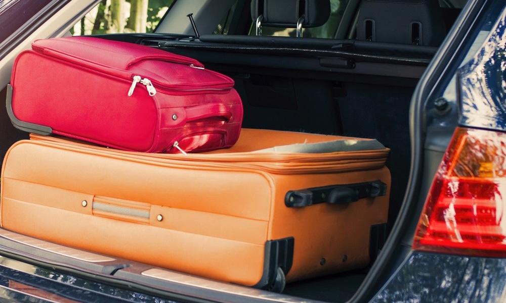با چمدان های کوچک سفر کنید