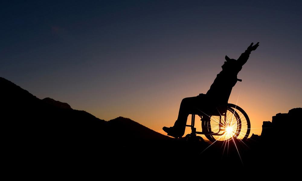 سفر معلولان