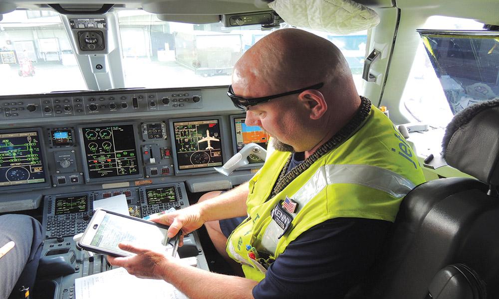 هواپیماها در بوته آزمایش؛ چک های دوره ای هواپیما چه هستند؟