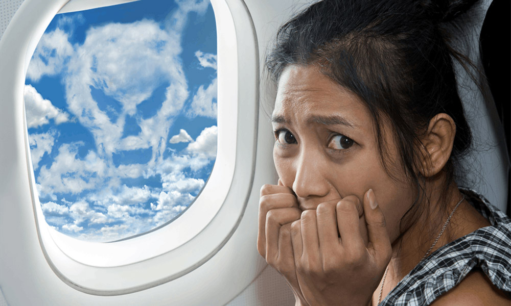 ترس از پرواز؛ علل و راه های مقابله با آن