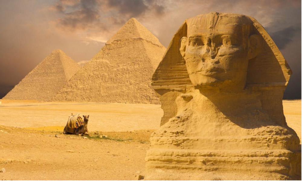 جاذبه هایی که در دل قدیمی ترین قاره جهان جا خوش کرده اند