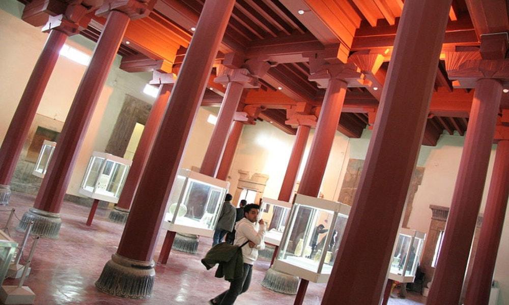 مهم ترین موزه های ایران-موزه تخت جمشید
