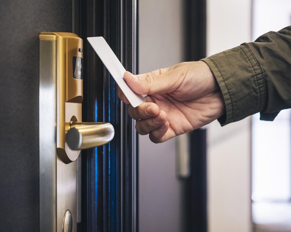 قفل کارتی هتل