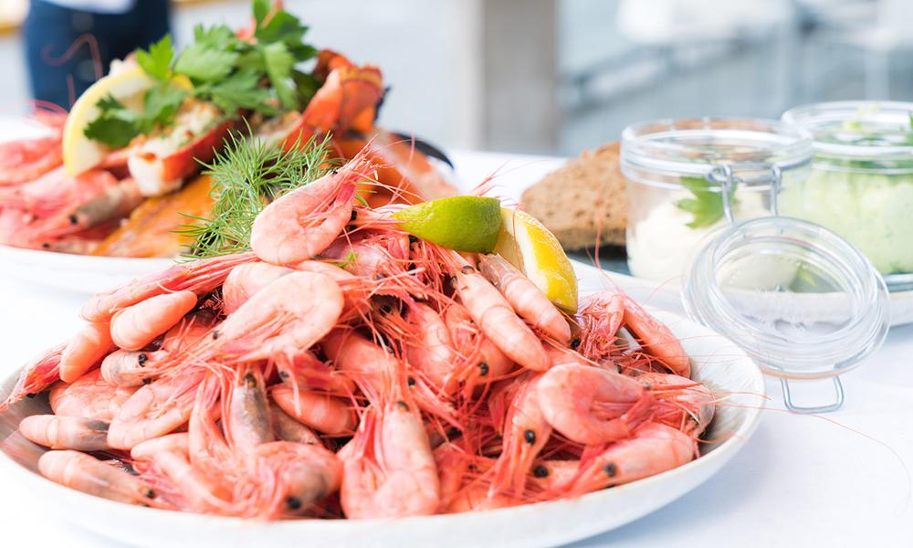 ماهی و میگو سوغات بوشهر