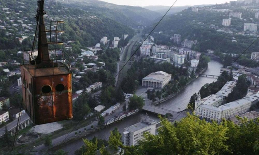 از آسانسور خیابانی تا واگن های کابلی؛ تَرین های دنیای حمل و نقل