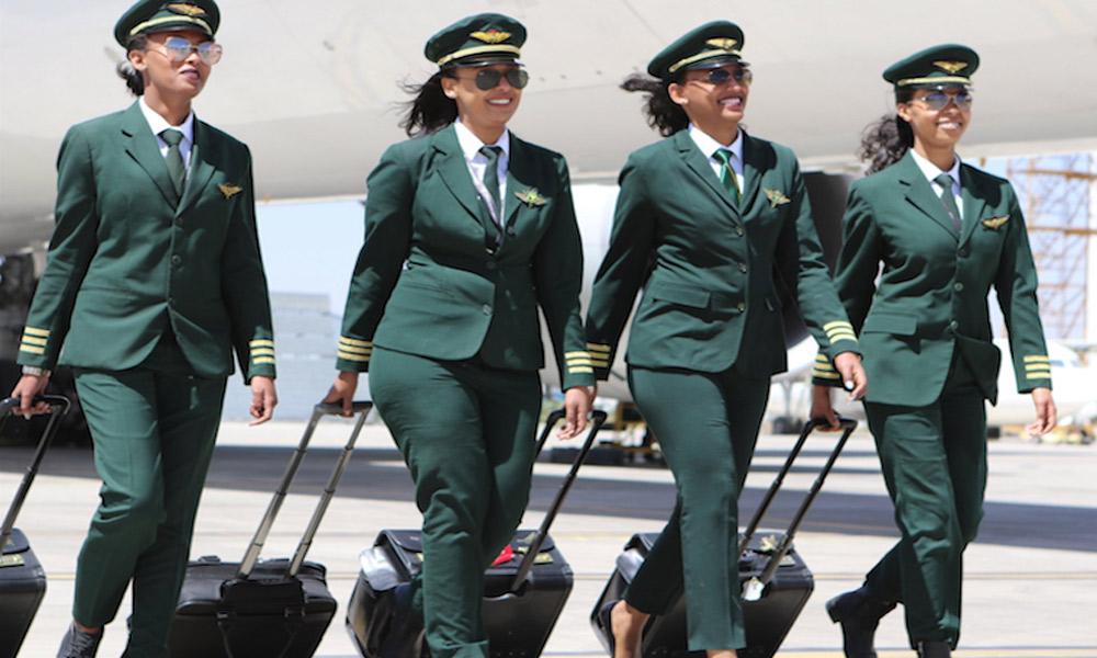 مهمانداران هواپیما و چالش هایی از نوع پوشش!
