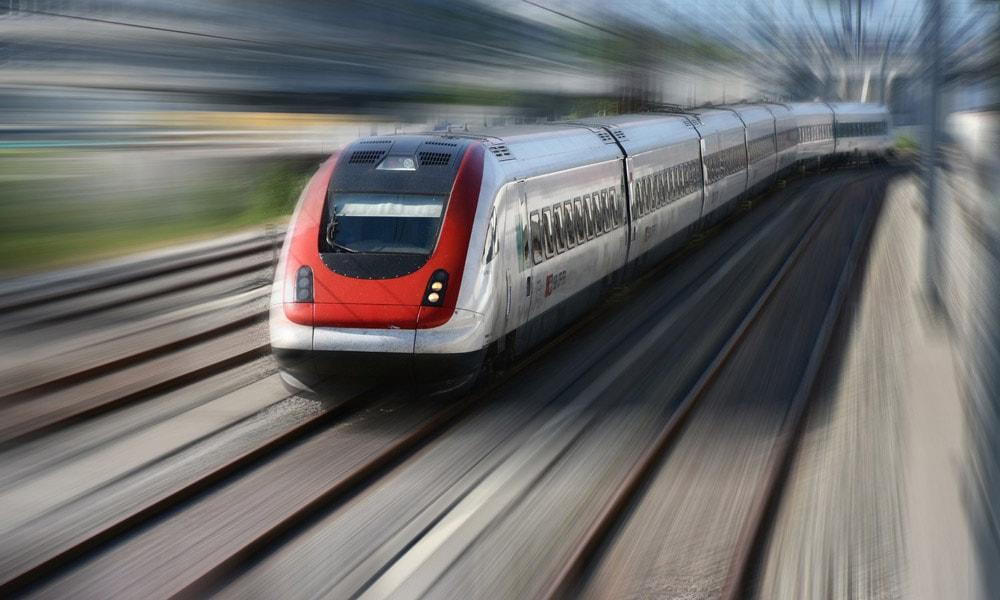 قطارهای سریع السیر؛ سفر با سرعت باد