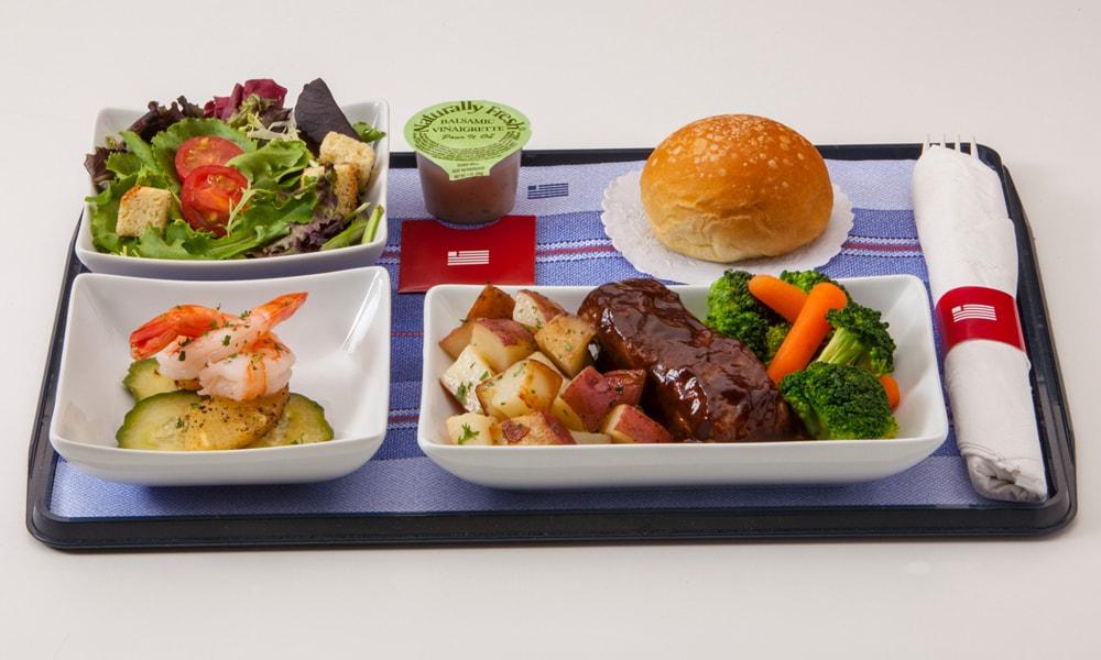 وعده های غذایی در پرواز