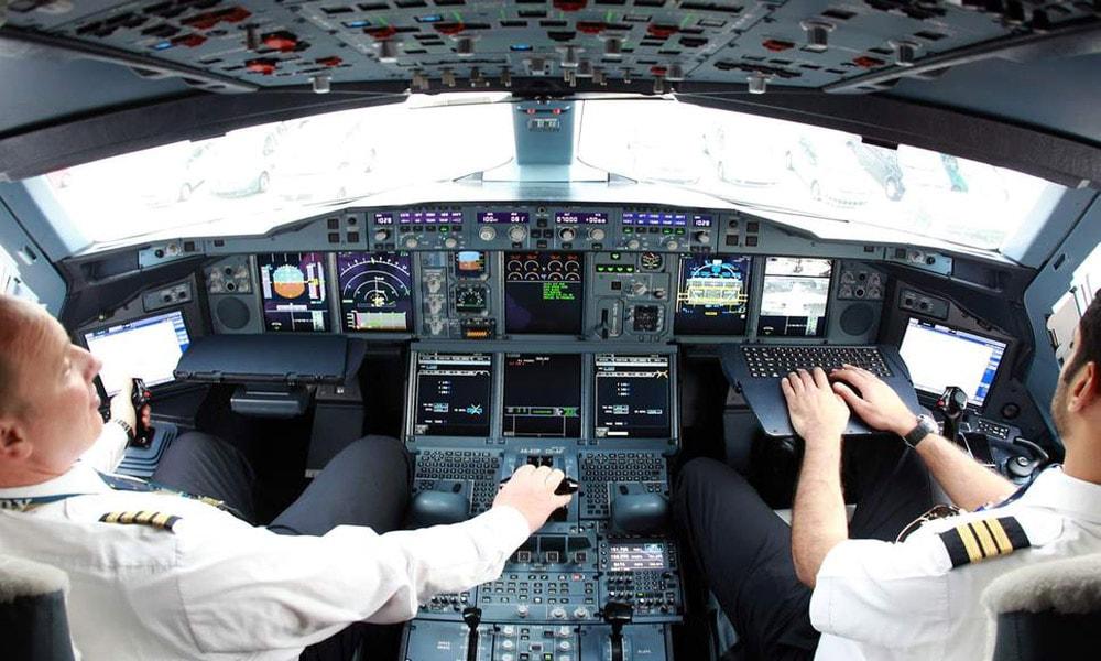 اعترافات یک خلبان!