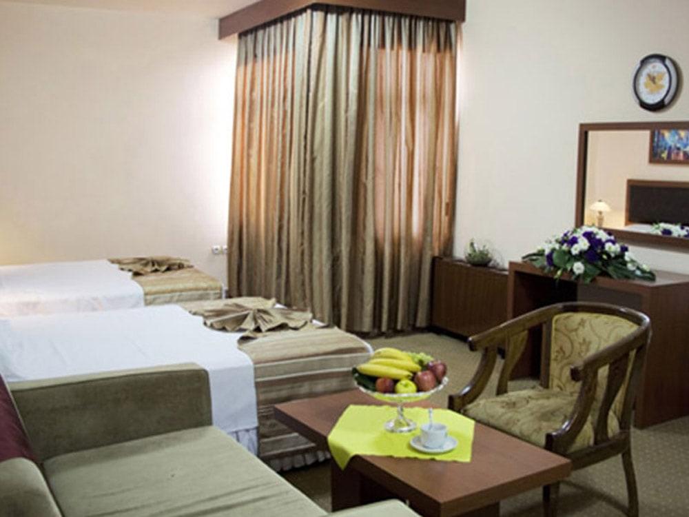 ارزان ترین هتل های ایران- هتل سی برگ مشهد
