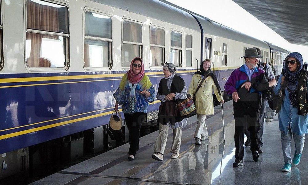 رزرو کوپه دربستی و سفر خانوادگی با قطار