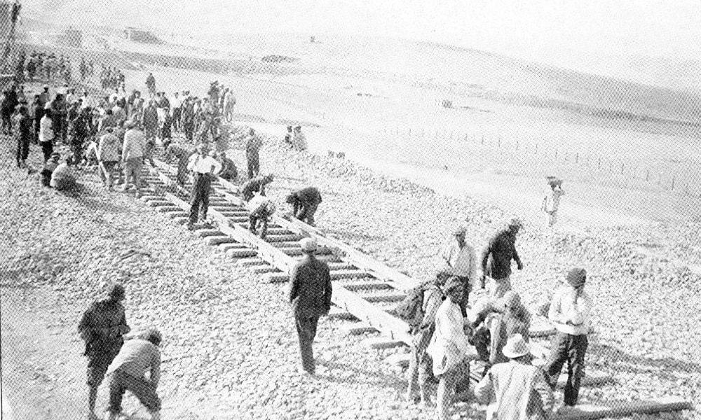تجهیز خط راه آهن در ایران