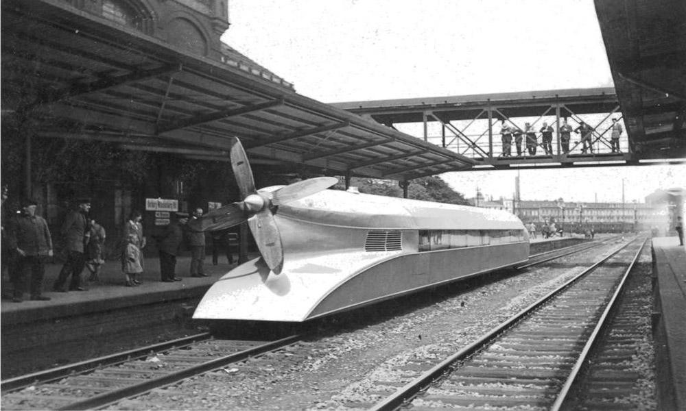 قطارهای عجیبی که به دل تاریخ پیوستند